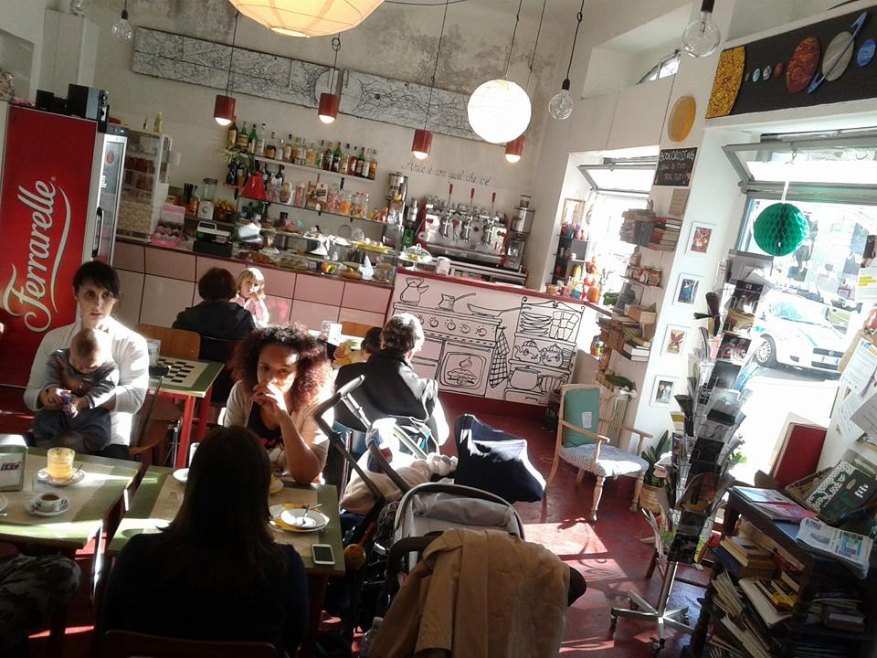Milano libreria bar famiglie