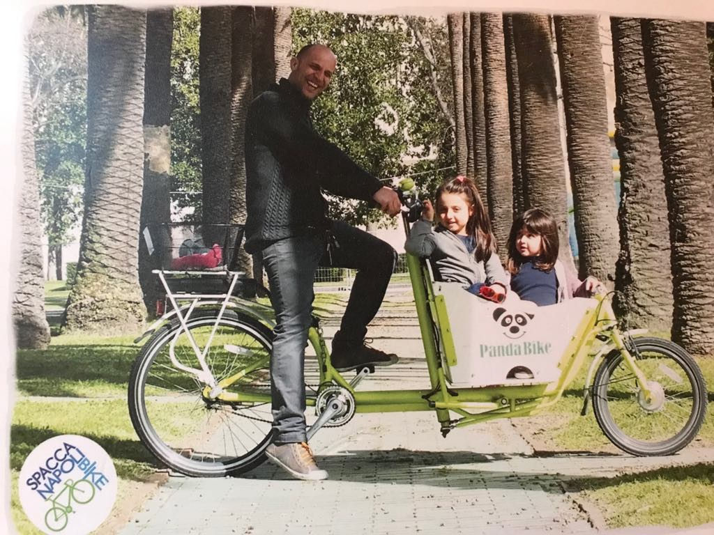 in bici con i bambini