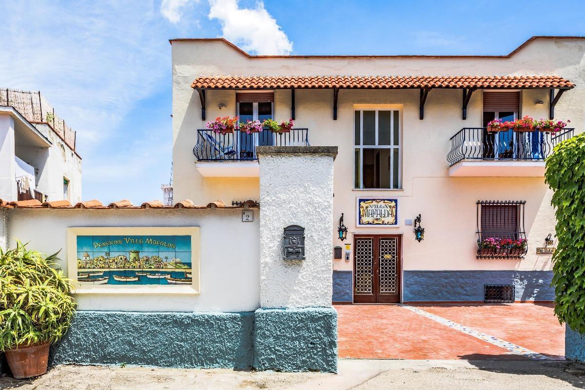 villa mafalda ischia
