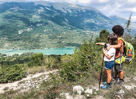 Barrea e Civitella Alfedena: 5 sentieri da trekking per famiglie