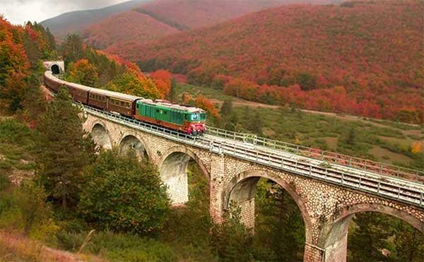 treno storico foliage abruzzo
