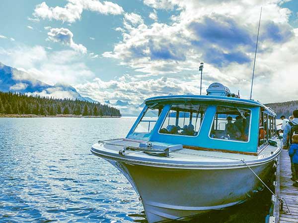 jasper lake maligne giro in barca