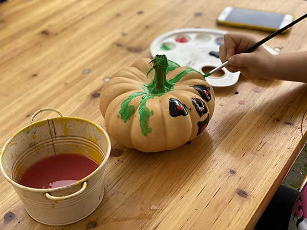 zucche laboratorio pittura halloweeen