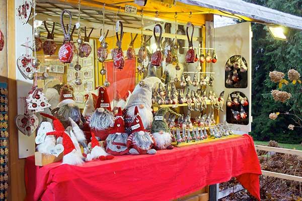 mercatino di natale addobbi