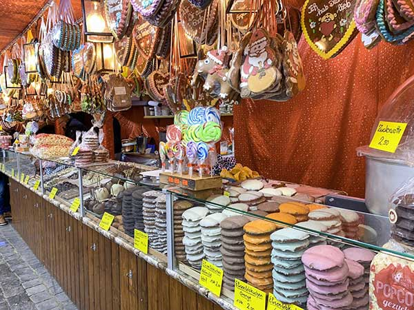 banco dolci mercatino di Natale