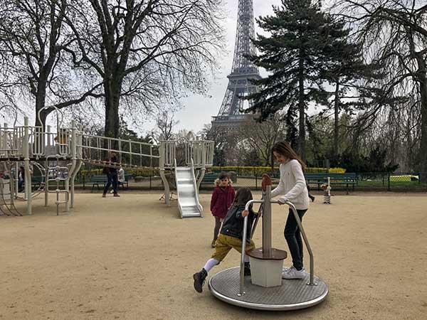 Parigi parco giochi bambini