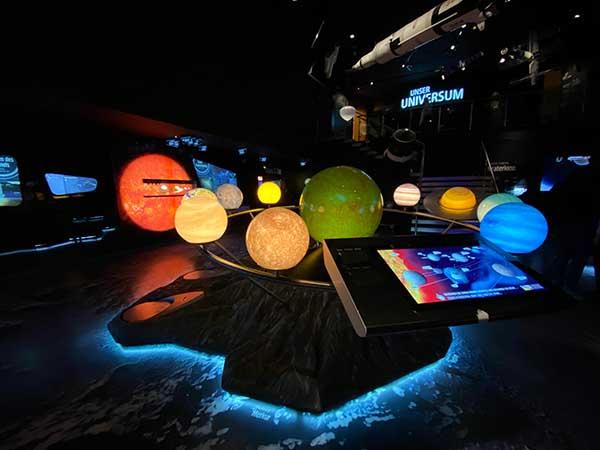 Salisbrugo musei bambini museo natura scienza bimba sistema solare