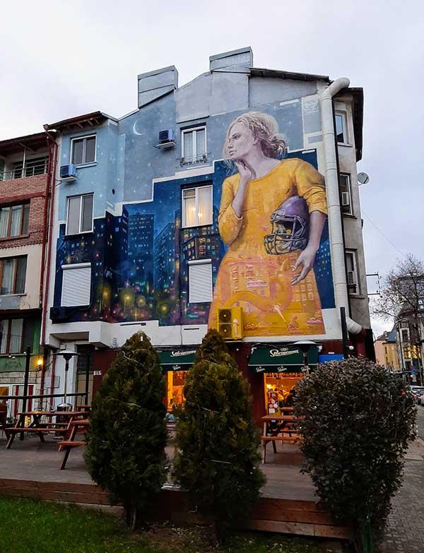 murale donna sofia