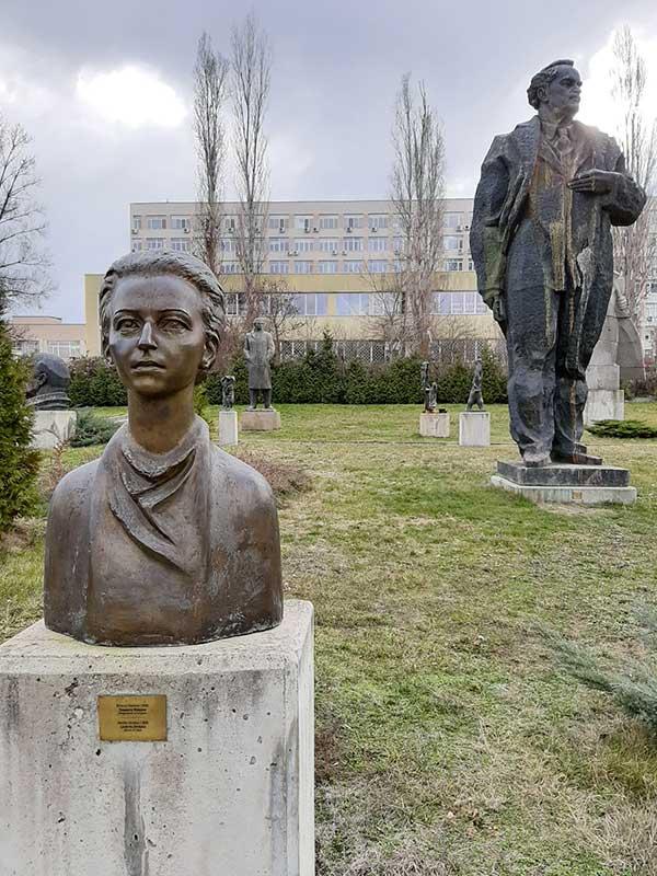 statue museo socialista