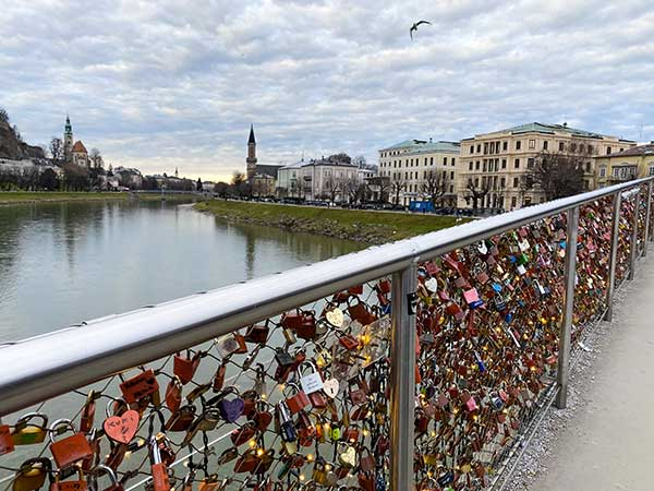 Salisburgo ponte lucchetti amore