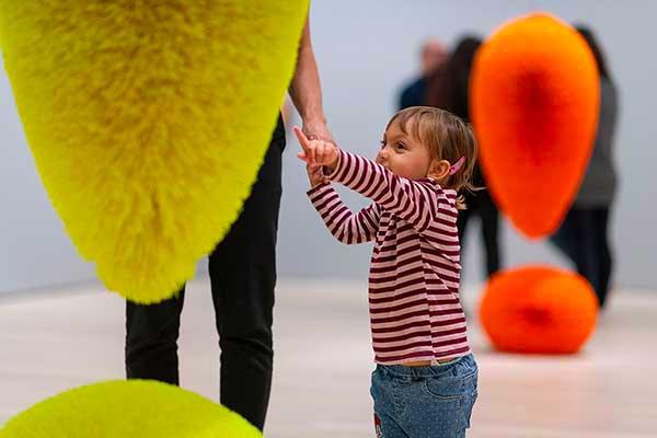 bambino picoclo al museo