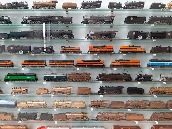 mopdellini locomotive