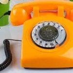 teleono vintage arancione