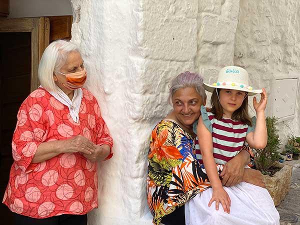 donne tre generazioni Ostuni
