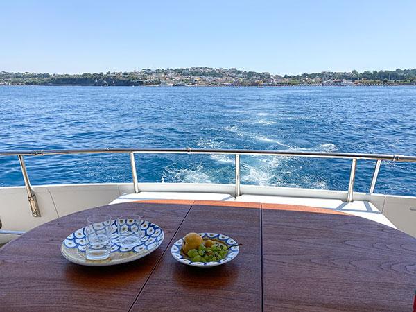 procida vista dal mare