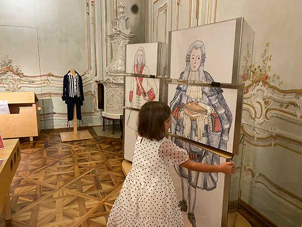 bimba in un Museo a Vienna