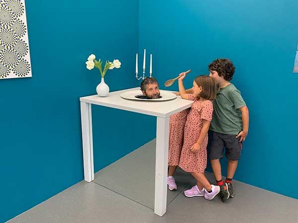 Bambini al museo delle illusioni di Vienna