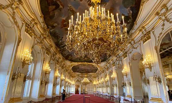 sala degli specchi Schonbrunn