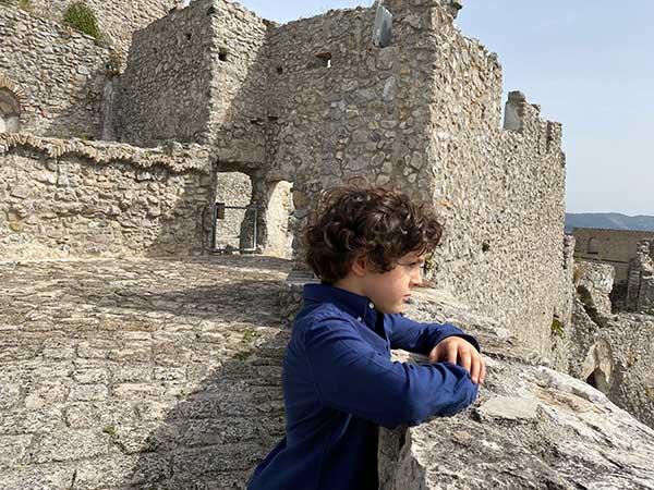 castello arechi bambino