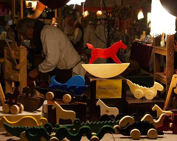 laboratorio giocattoli legno