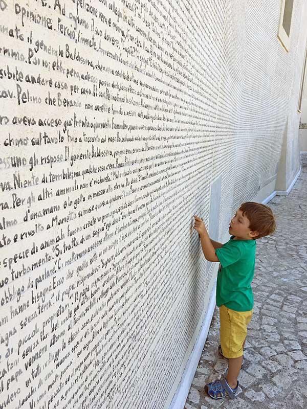 bambino murales