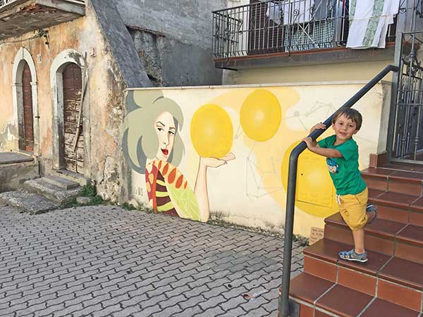 bambino murales aielli
