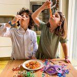 bambini mangiano manfredi con la ricotta